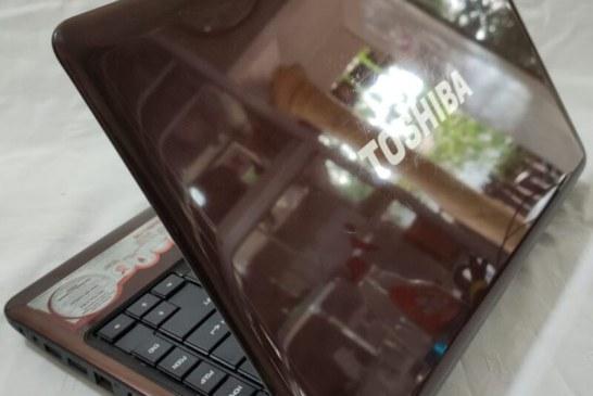 Toshiba Satellite L735 Core i3 VGA GeForce